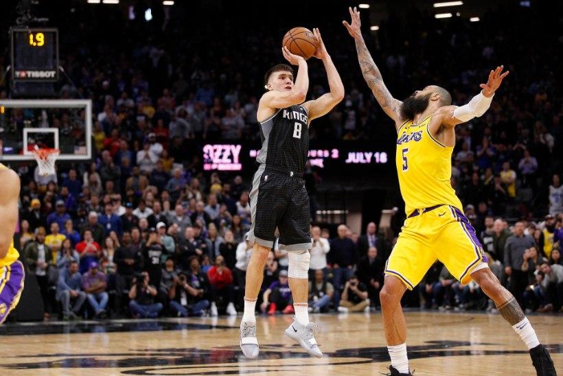 VIDEO | Lakersile ja Warriorsile napp kaotus, Harden loopis 45 punkti