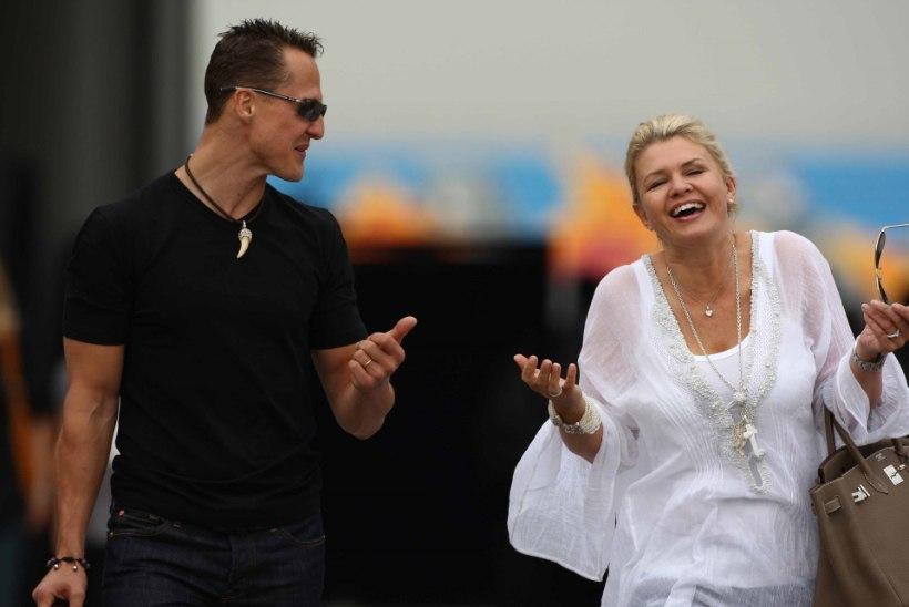 Corinna Schumacher – supernaine, kes päästab oma armastatud abikaasa?