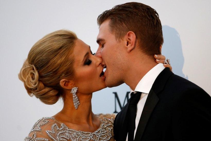 Paris Hilton paljastab, miks ta kihluse katkestas
