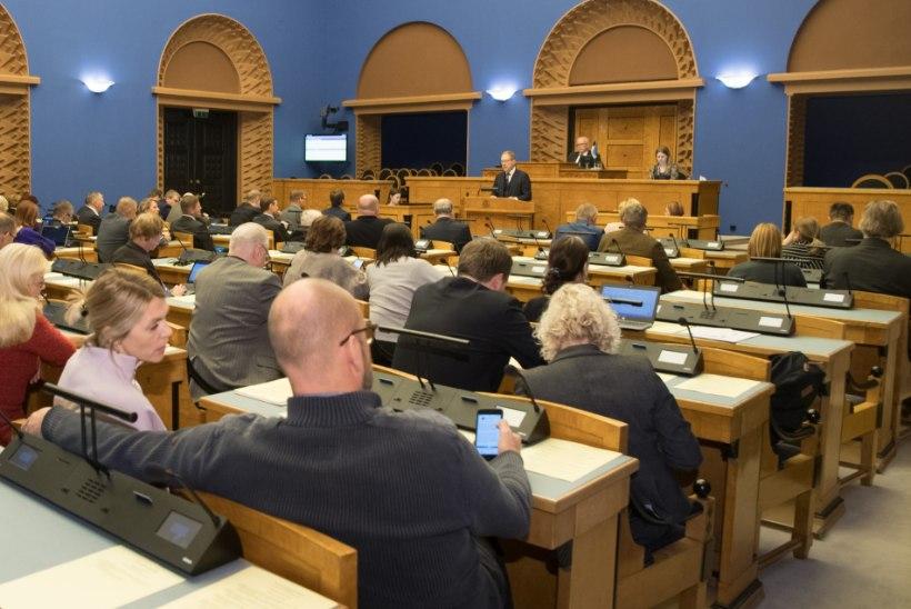 Riigikogu mõistis hukka Venemaa rünnaku Ukraina laevadele