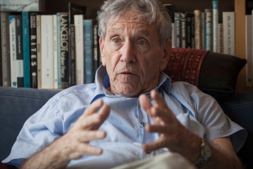 Suri maailmakuulus Iisraeli kirjanik Amos Oz