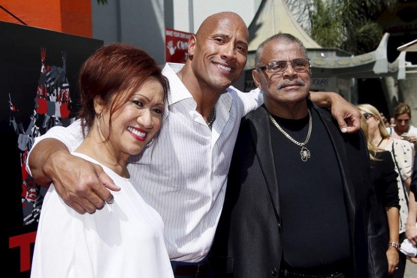 """Dwayne """"The Rock"""" Johnson kinkis emale jõuluks maja"""