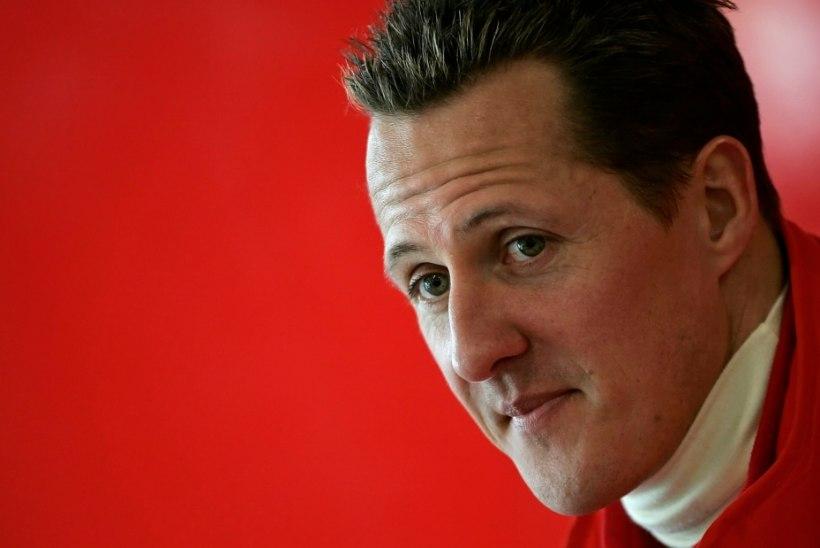 VIHJE TERVISE KOHTA? Jean Todt vaatas Brasiilia GPd koos Michael Schumacheriga
