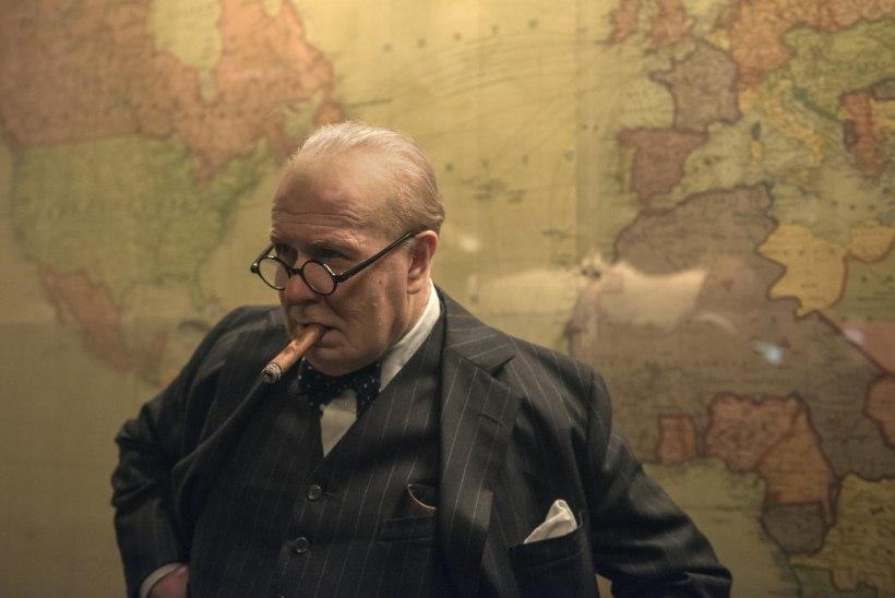 Gary Oldman istus Churchilli kehastamiseks üle 200 tunni grimmitoolis
