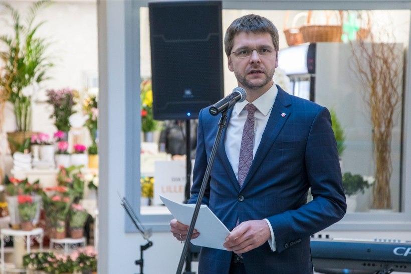 SOTSIDE VOLIKOGU: Ossinovski lubas pensionitõusu, kritiseeris koalitsioonipartnereid ja Reformierakonda
