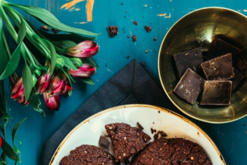 Nädalavahetuse lemmikud: topeltšokolaadiga küpsised