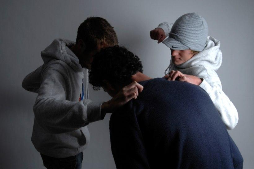 """Noored röövlid Sillamäelt: """"Ta pakkus meile narkot müüa, meie teda ei puutunud!"""""""