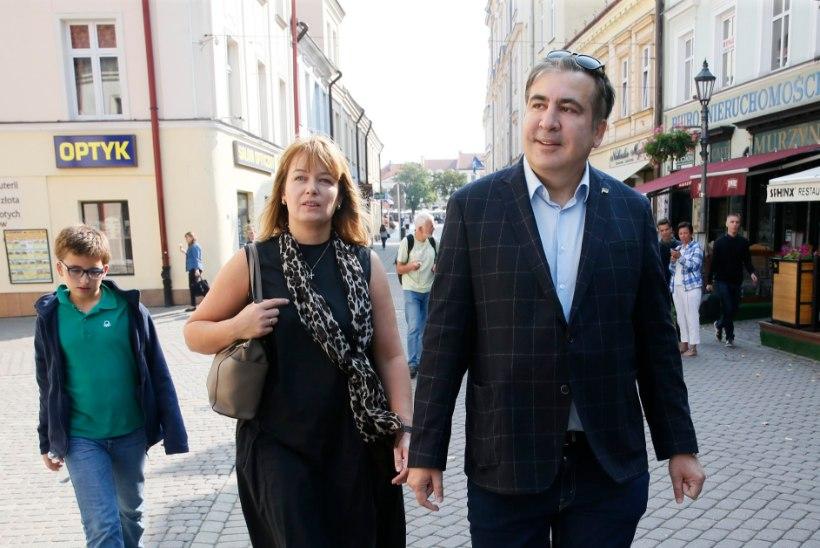 Saakašvili kavatseb end esialgu sisse seada Hollandis