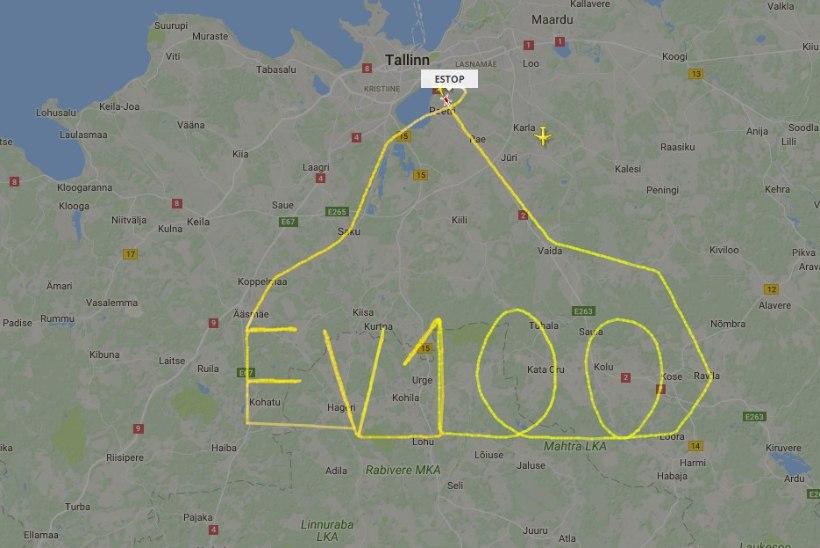 PILTUUDIS | Kopterimees joonistab taevasse EV 100 tervituse
