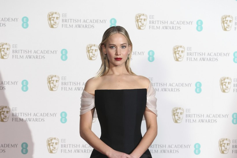 GALERII   TIPPMOOD: vaata, millised olid BAFTA gala kauneimad kleidid!
