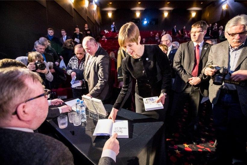 GALERII | Mart Laari ja Toomas Hiio raamatu esitlust väisas ka president