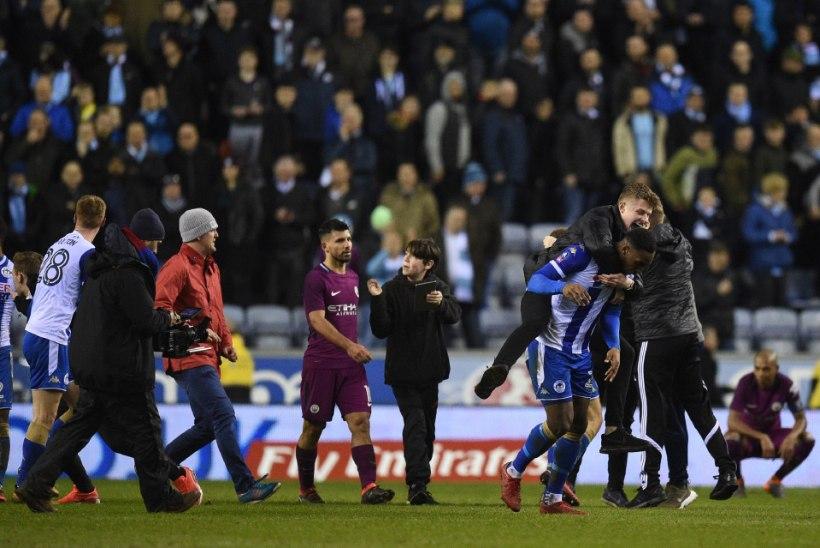 Mis juhtus? Manchester City kaotas Inglismaa kolmanda liiga klubile ja pudenes karikasarjast