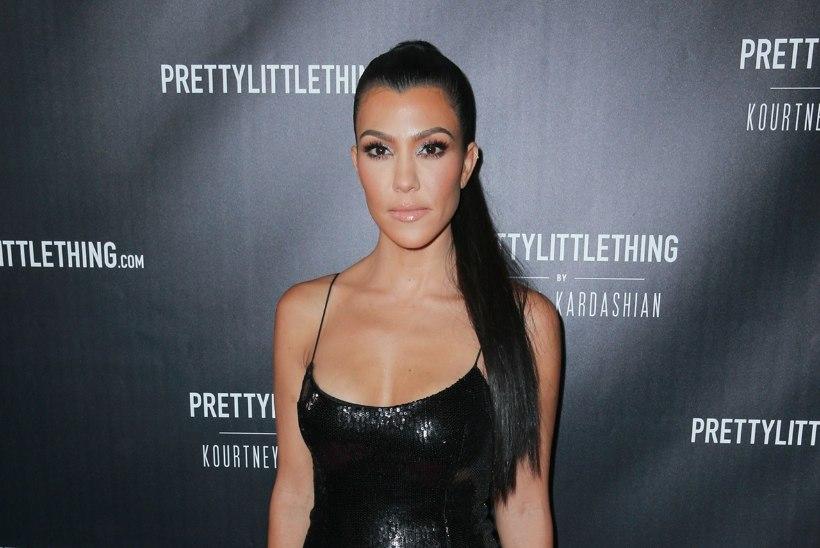 Kolme lapse ema Kourtney Kardashian kaalub vaid 45 kilo