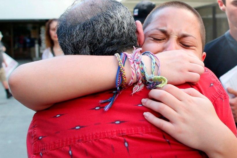 """Florida koolitulistamise ellujääja relvalobistide rahast: """"Kas inimelu on väärt 5800 dollarit?"""""""