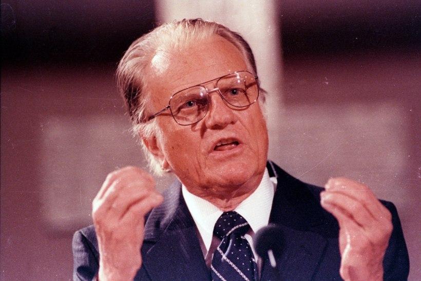 Suri Eestitki külastanud vastuoluline telepastor Billy Graham