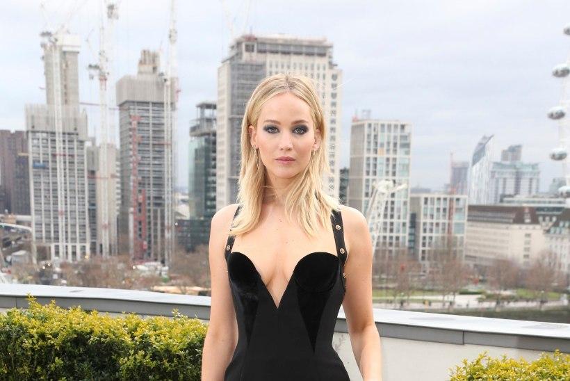 See foto Jennifer Lawrence'ist šokeeris tuhandeid. Loe näitlejanna vastust