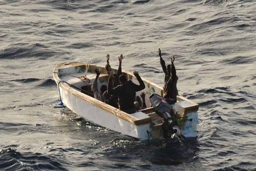 KESKAJA STIILIS VÕITLUS 21. SAJANDIL: meremehed kallasid piraatidele keevat õli kaela!