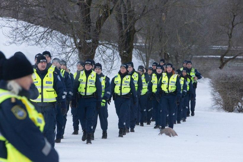 Presidendi vastuvõtuks politsei lisajõude Tartusse ei vii, kuid silmata võib neid tavapärasest enam