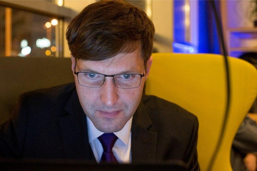 JÄLLE VIGA! Hümniseaduse eelnõu seletuskirjas on Eesti Vabariigi väljakuulutamise kuupäev vale