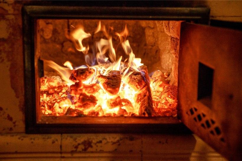 PÄÄSTEAMETI HOIATUS: ära jäta peopäeval küttekehi järelvalveta!