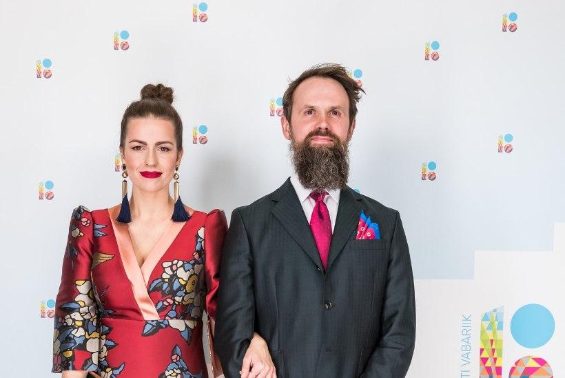 ÕL VIDEO | Näitlejatar Karin Rask kandis väljakutsuva lõikega Kalamaja Printsessi kleiti