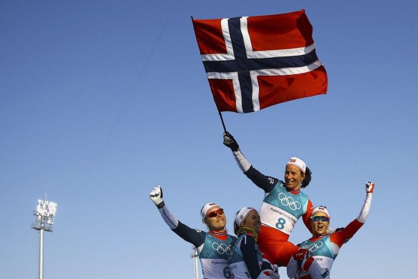 Marit Björgen pani oma viimastele olümpiamängudele kuldse punkti: fantastiline viis lõpetamiseks