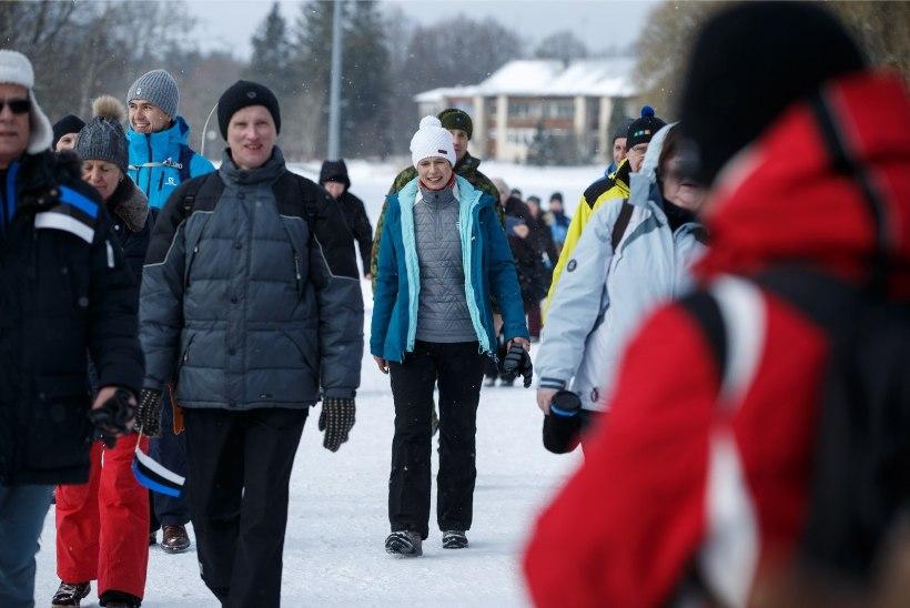 LEIA END FOTODELT! | President Rüütel andis presidendimatka patroonluse üle president Kersti Kaljulaidile
