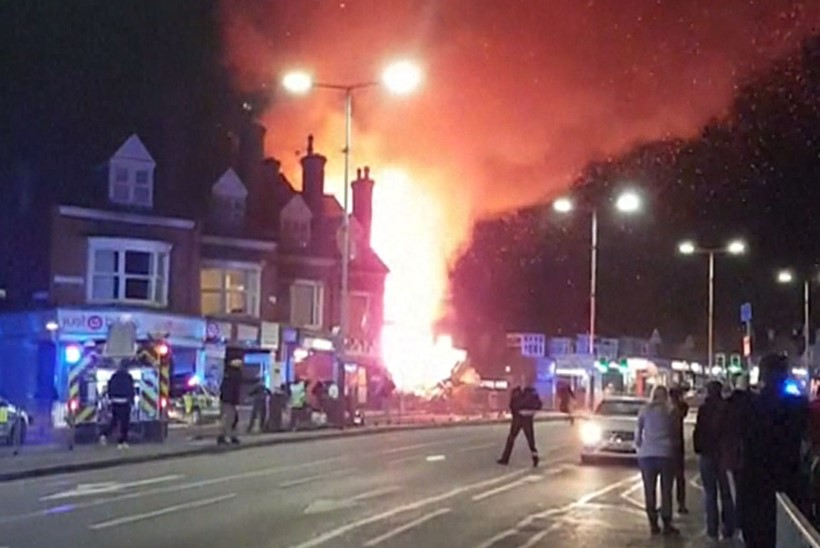 Plahvatus Inglismaal Poola toidupoes tappis viis inimest