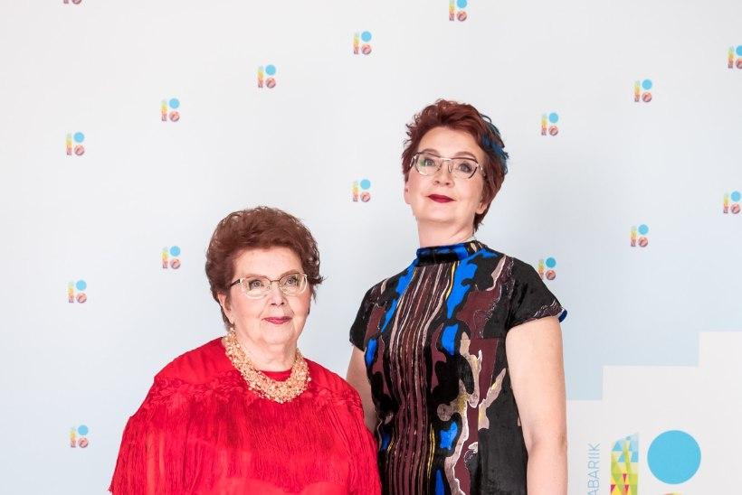 Yana Toom: hankisin emale kärtspunase kleidi ja käskisin selle selga panna