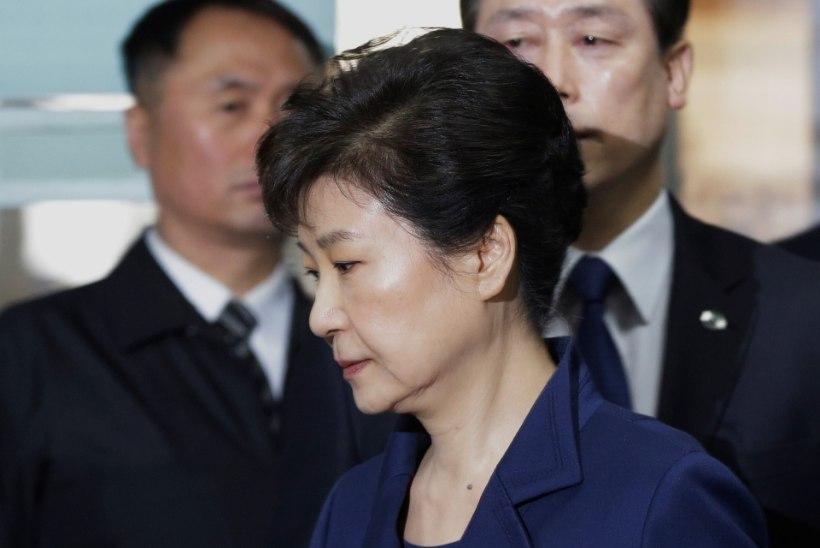 Lõuna-Korea ekspresident võidakse 30 aastaks vangi mõista