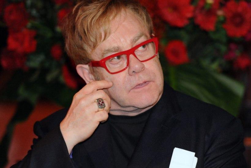 Ema ei pärandanud Elton Johnile pennigi