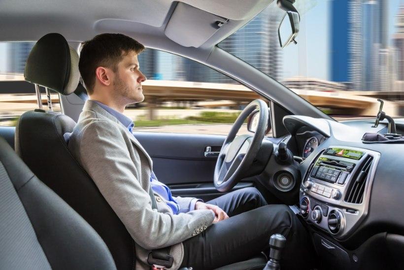 Kas tulevikus tohib isejuhtiva autoga sõites alkoholi tarvitada?