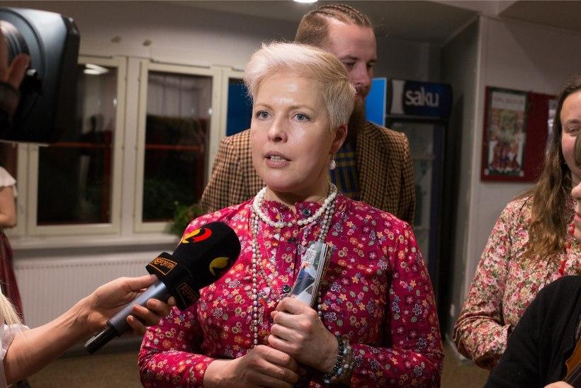 TV3 VIDEO | Evelin Ilves meenutab, kuidas ta tutvustas oma uut kaaslast Siimu Kihnu Virvele