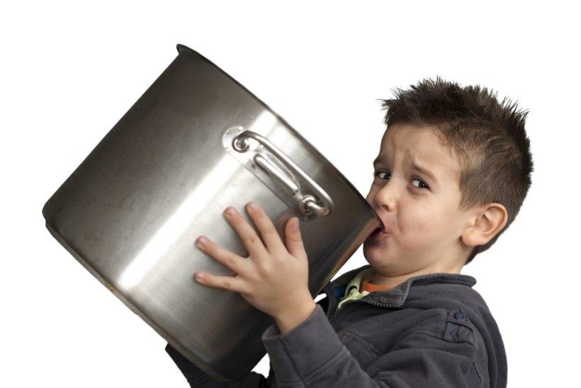 Viis nõksu, kuidas lapsed tervislikku suppi sööma meelitada
