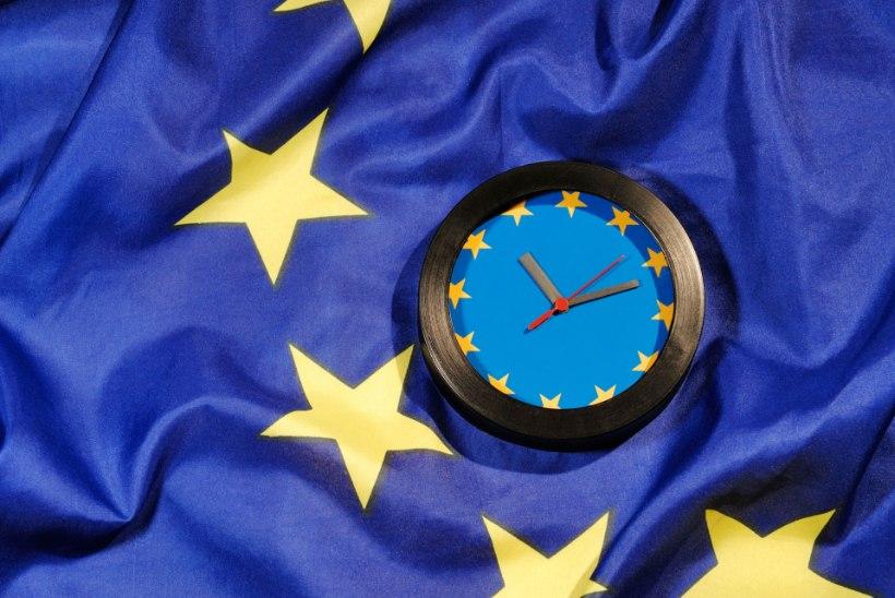 Europarlament toetas kellakeeramise lõpetamist