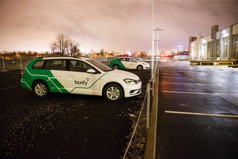Kaks streikinud Taxify juhti kutsuti vaibale. Mehi ähvardab juhikontode sulgemine