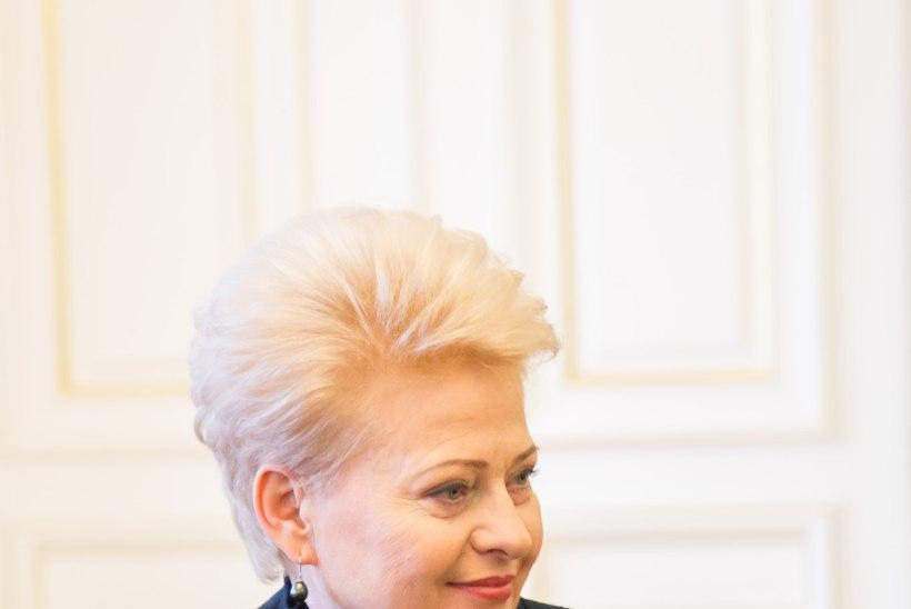 ARMAS ÜLLATUS: Leedu presidendile korraldati üllatuslik sünnipäevahommik