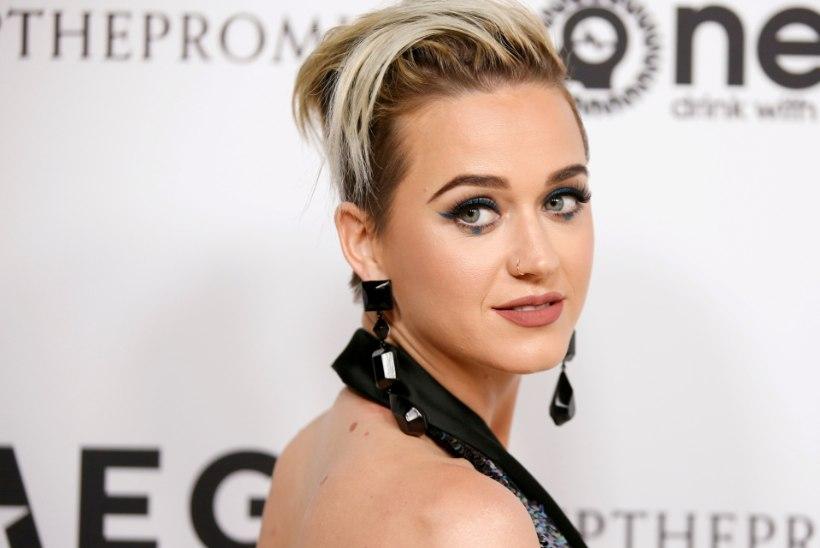 Katy Perryga vaielnud nunn suri otse kohtuhoones