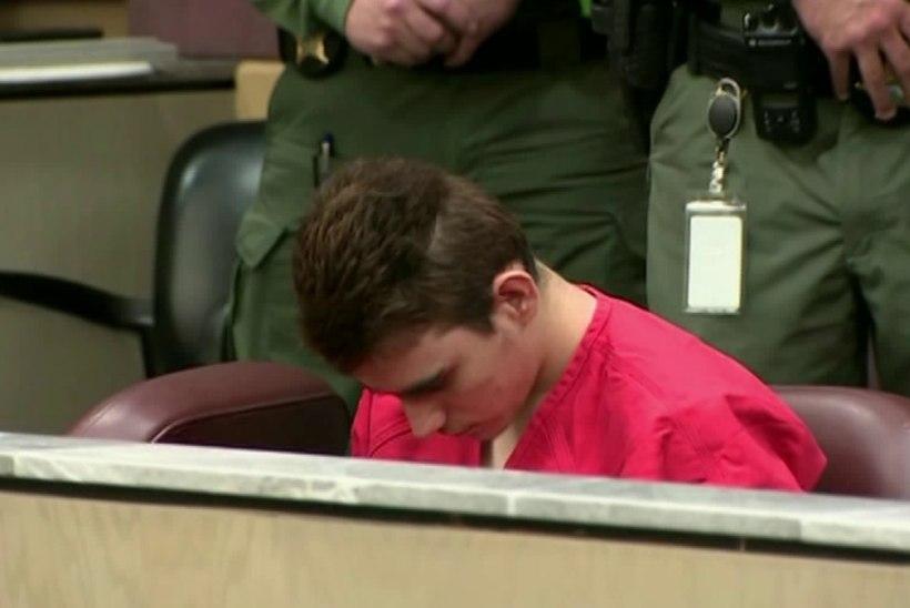 Koolitulistaja Nikolas Cruz ei tunnistanud end 17 inimese mõrvas süüdi