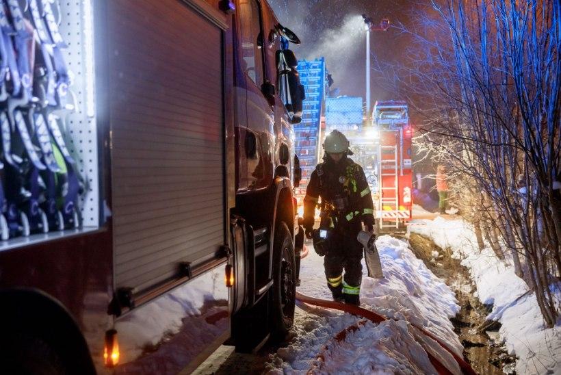 Tartu kristliku noortekodu ruumid täitusid suitsuga, evakueeriti 9 last