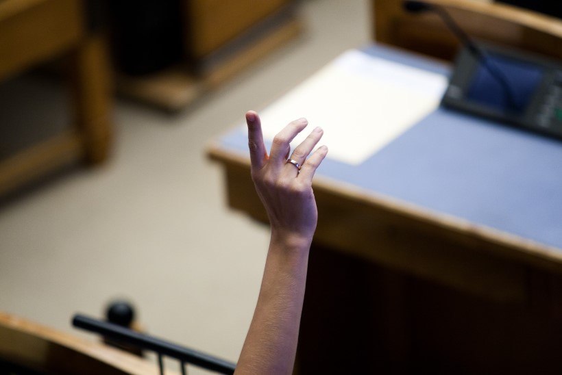 Valel hetkel käe tõstnud reformierakondlane mõisteti süüdi korruptsioonis