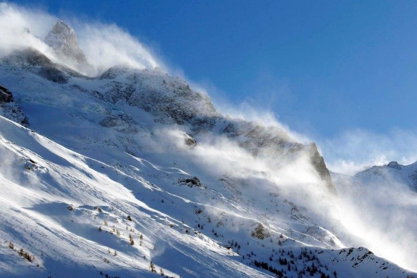 6200 MEETRIT: mägimatkajad lähevad Eesti tippu vallutama, Läti oma veelgi kõrgem