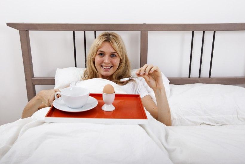 Neli nõksu, mis aitavad hommikusöögi su kiiresse päevarutiini mahutada