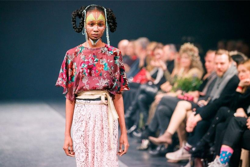 VAATA JÄRELE | Tallinn Fashion Weeki moeetendused lisavad reede õhtule vürtsi!