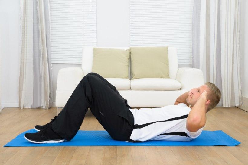 MEES JA TERVIS | Kodune treening – kas enesepettus või hea alternatiiv jõusaalile?