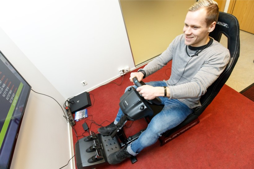 KOLMAS POOLAEG   Andre Frolov: jalgpallis on eesti-vene segu suurepärane