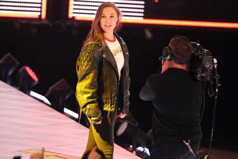 PALJAD HIGISED MEHED   Kuidas möödus Ronda Rousey esimene tööpäev uues kohas?