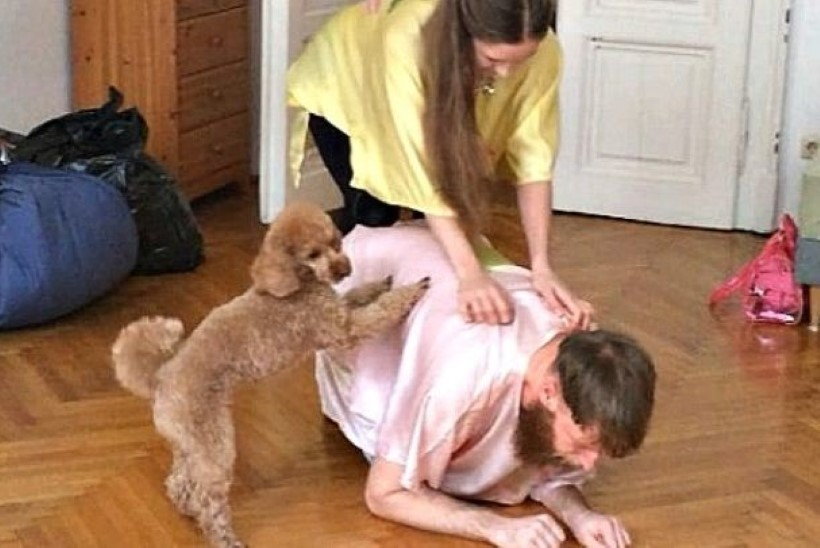 USKUMATU LUGU: eestlanna teeb välismaal lemmikloomadele teatrietendusi