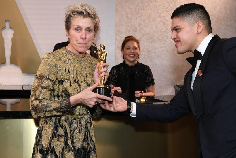 Süüdistatav eitab parima naispeaosatäitja Oscari varastamist