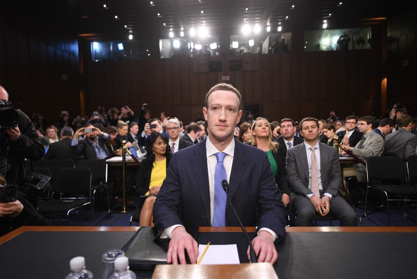 Facebook annab teada, kas Cambridge Analytica sai su andmetele ligi